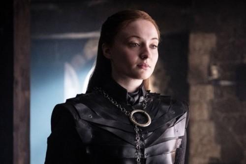 Sophie Turner sebagai Sansa Stark dalam Game of Thrones (Foto: Vox)
