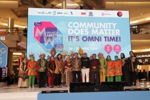 Gubernur Lampung Muhammad Ridho Ficardo yang berhasil membawa Provinsi Lampung masuk tiga besar perkembangan pariwisata di Indonesia.