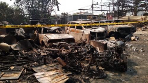 Kebakaran Tempat Penitipan Mobil