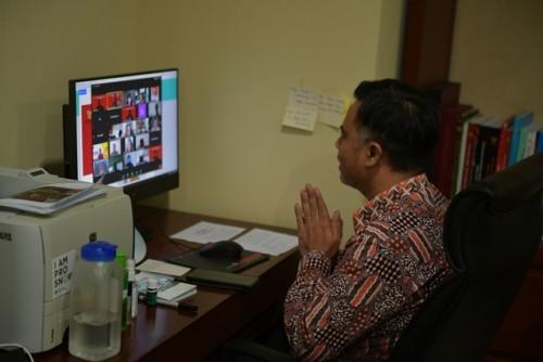 Deputi Bidang Dukungan Kerja Kabinet Thanon Aria Dewangga saat menghadiri pertemuan humas K/L, Kamis (1/10) siang, di Jakarta. (Foto: Humas/Oji)