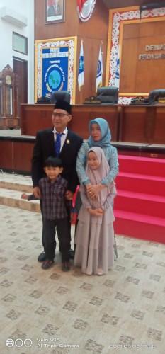 PAW, Edi Junaidi Foe Dilantik Kini Anggota DPRD Babel Lekap Menjadi 45 Orang